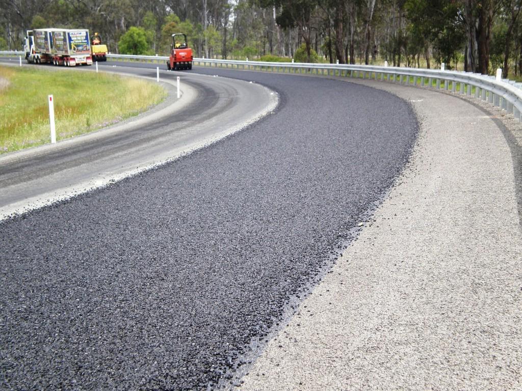 What is rubber asphalt 53